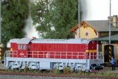 T669.0066 Čmelák